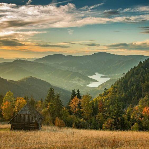 El Parque Nacional de Tara en la región montañosa del oeste de Serbia fue designado un parque nacional en 1981